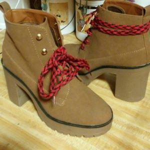 Tan Chunky ankle boots